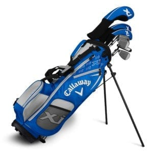 multiple golf clubs in a golf bag