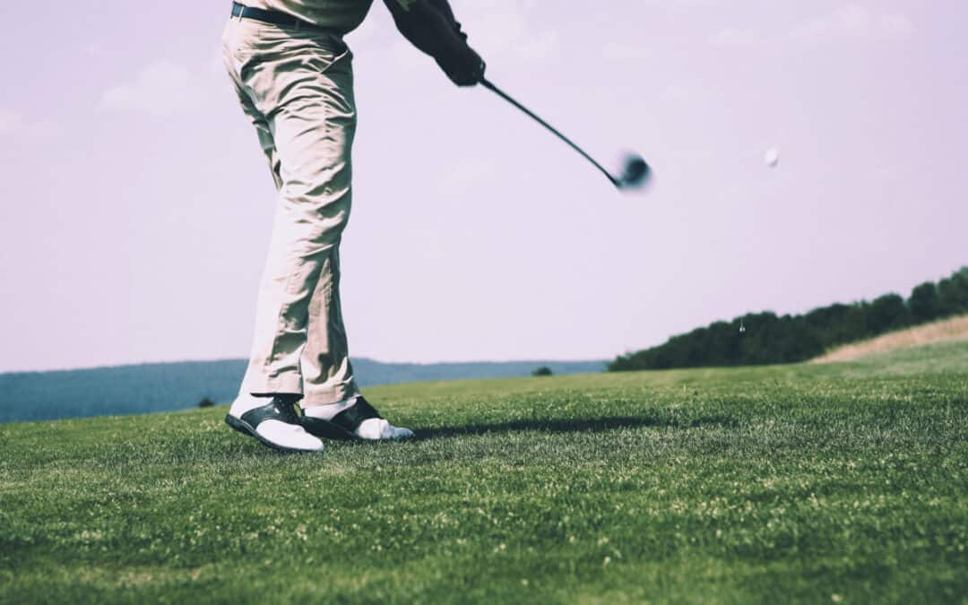A Guide for beginners to Swing a Golf Club